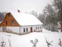 Chalupa v zimě - Malá Morava - Vlaské