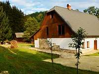 Panorama chalupy a okolí - Malá Morava - Vlaské
