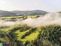 Příroda kolem chalupy z výšky - Malá Morava - Vlaské