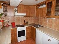 kuchyň - chalupa k pronájmu Horní Heřmanice