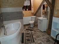 2 x velká koupelna s rohovou vanou. - Štědrákova Lhota