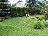 zahrada 1 - chalupa k pronajmutí Králíky