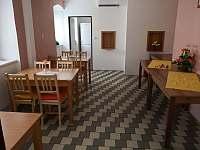 Jídelna - pronájem chaty Karlov pod Pradědem