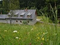 rozkvetlé louky - chata k pronájmu Branná