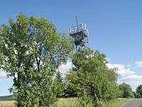 Valinka má jméno podle rozhledny Val kousek od chaty - k pronajmutí Horní Orlice