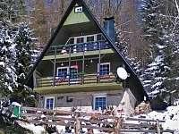 Venkovní pohled - zima - chata k pronajmutí Ostružná