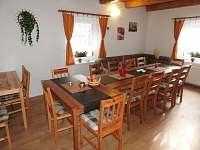 Spol. místnost s kuchyní - chalupa ubytování Štědrákova Lhota