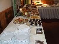 občerstvení cateringové firmy - pronájem chalupy Rejvíz