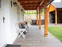 Posezení na verandě