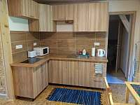 Kuchyně v horním apartmánu - Holčovice - Spálené