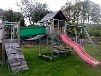 Černá Perla - dětský koutek na zahradě -