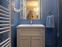 Černá Perla - stodola koupelna v pokoji Bella -