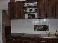 Kuchyňka v Loveckém Apartmá