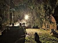 vířivý sud v noci - Karlov pod Pradědem - Malá Morávka