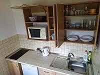 Kuchyňka v 3lůžkovém pokoji - apartmán k pronájmu Velké Losiny