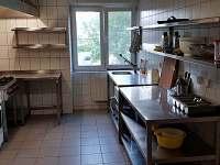 kuchyně - pronájem chalupy Bělá pod Pradědem - Domašov