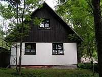 Chalupa k pronájmu - okolí Petrovic