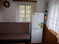 lednička s mrazákem - chata k pronajmutí Stříbrnice