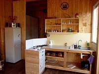 Kuchyně - chata ubytování Karlovice