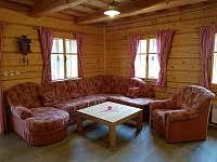 obývací pokoj - chalupa k pronajmutí Vernířovice