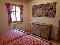 pokoj č. 4 - v patře - dvoulůžkový - chalupa k pronájmu Vernířovice