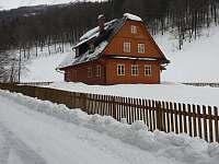 v zimní peřině - chalupa ubytování Vernířovice