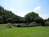 zahrada s jezírkem - Bohdíkov