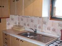 Kuchyň - pronájem chaty Hynčice pod Sušinou