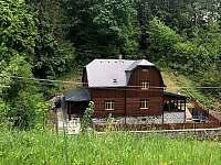 Chalupa v Údolí Horní Lipová - k pronajmutí