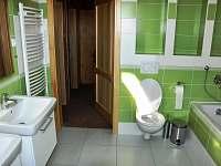 Koupelna v patře s vanou - Dolní Orlice - Červená voda