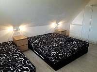 ložnice 5 lůžek - pronájem chaty Vlčice