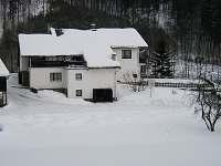 Chalupa v zimě - apartmán ubytování Hostice
