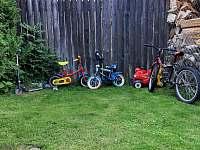 dětský vozový park - pronájem chalupy Domašov