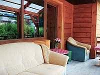 pohled na terasu a dveře z obýváku - Domašov