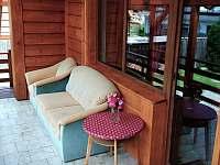 posezení na terase a vchod do obýváku - Domašov