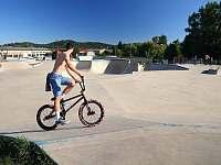skatepark Loučná - chalupa k pronajmutí