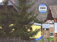 Autobusová zastávka hned u domu - Vernířovice