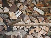 Dřevo k dispozici - Vernířovice
