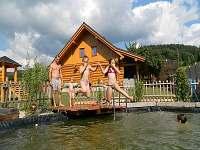 Srub ubytování v obci Raškov