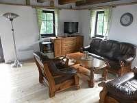 obývací kout - chalupa k pronájmu Vysoká u Malé Moravy