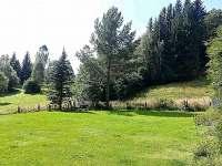 Zahradní posezení s ohništěm a grilem - Horní Lipová