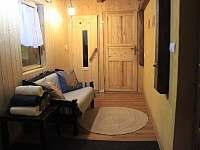 zádveří a vstup do sauny - pronájem chalupy Štědrákova Lhota