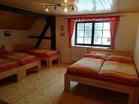druhý pokoj v patře