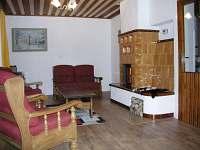 Společenská místnost - chata k pronájmu Filipovice