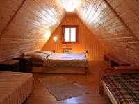 Chalupa Tereza - ložnice v podkroví