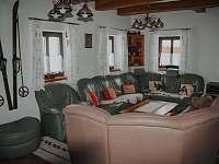 obývací část - chalupa k pronajmutí Hynčice pod Sušinou