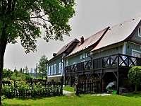 Pohled ze zadní zahrady - Roudno - Volárna