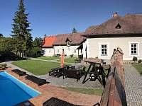 Zahrada s bazénem - Roudno - Volárna