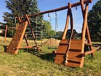 dětské hřiště - chalupa k pronajmutí Supíkovice