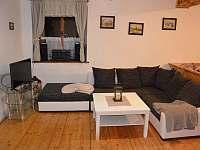 obytná místnost přízemí-obývák - chata ubytování Štědrákova Lhota